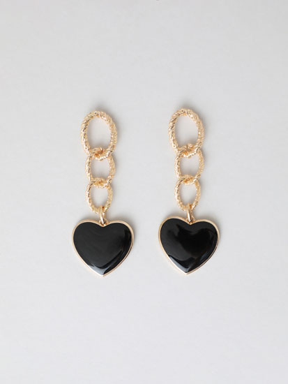 Chain earrings with black heart