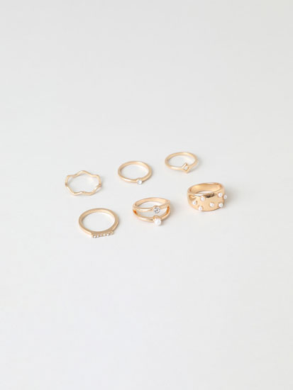 6-Pack of faux pearl rings