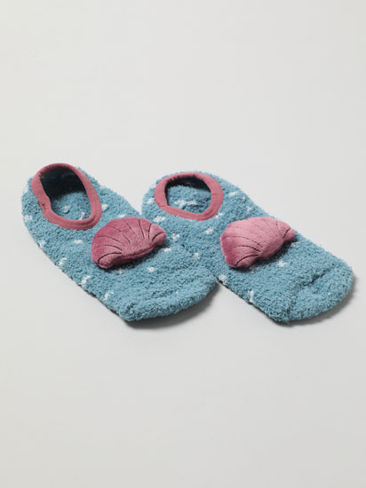 Pair of non-slip seashell socks