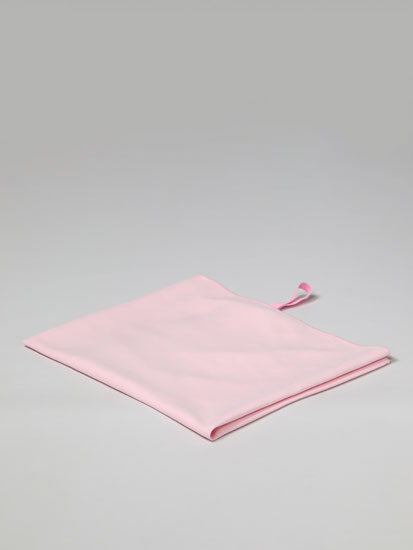 Medium microfibre towel