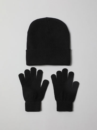 Pack of beanie and gloves