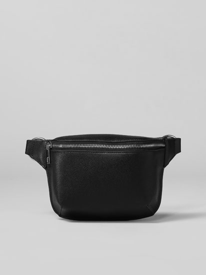 Belt bag with eyelets