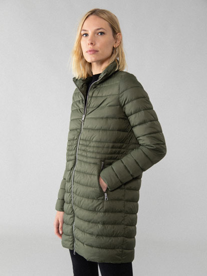 Light puffer coat