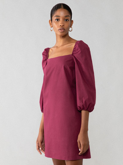Poplin dress with a square-cut neckline