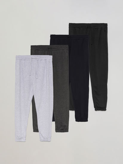 Pack of 4 pairs of basic joggers