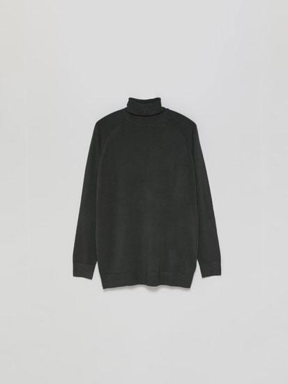Camisola básica de gola dobrada