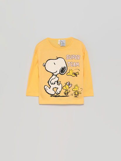 Snoopy™ Peanuts™ top with shiny print