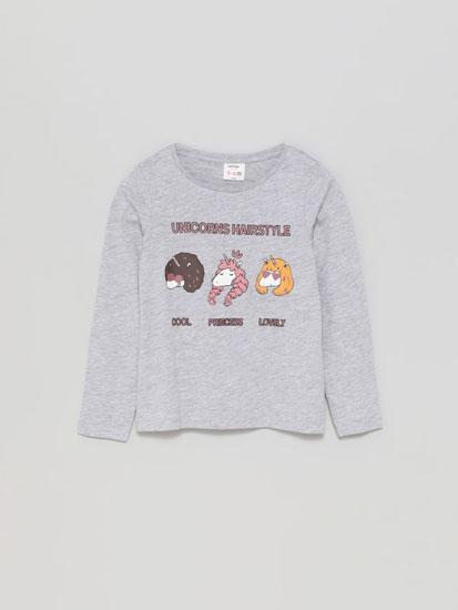 Camiseta con estampado de animais