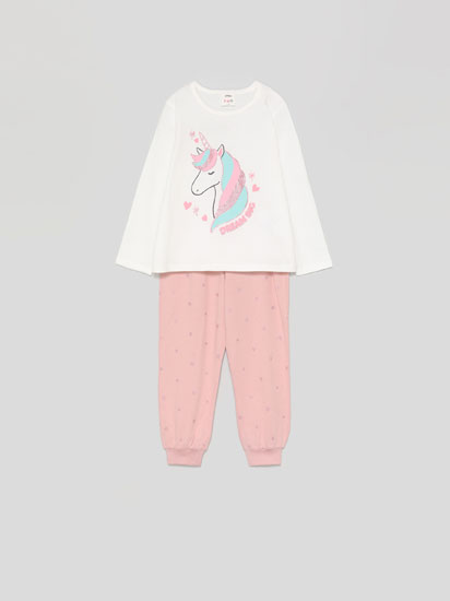 Pijama-konjuntoa estanpatu distiratsuarekin