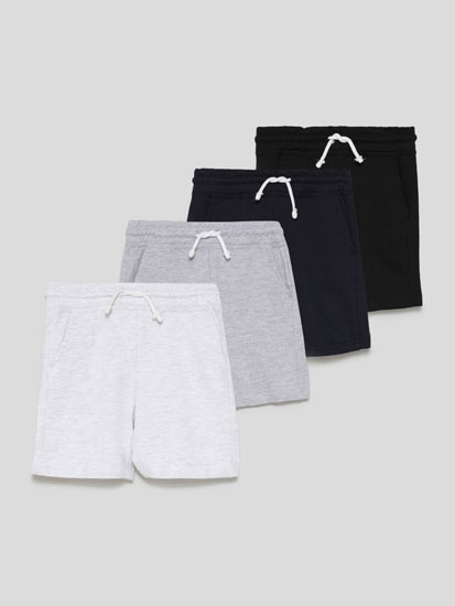 Pack of 4 pairs of basic plush Bermuda shorts