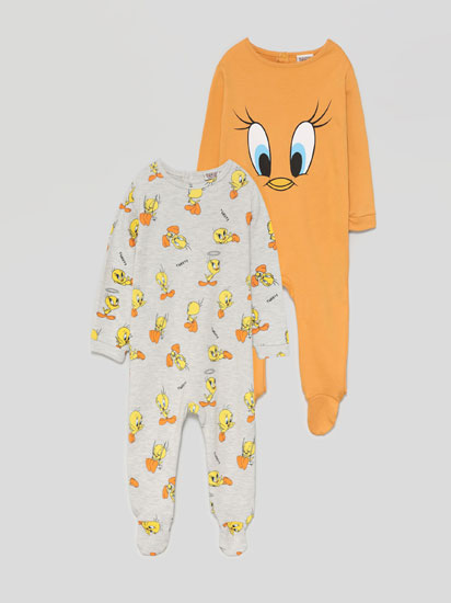 Pack of 2 Tweety © & ™ WBEI sleepsuits