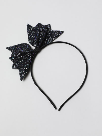 Sparkly headband with bow