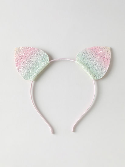 Headband with shiny ears