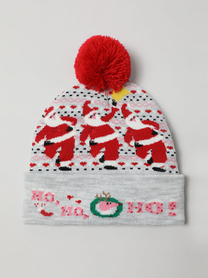 Christmas beanie with lights and music