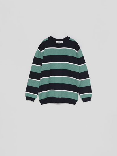 Basic round neck sweater with a striped print