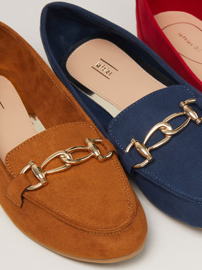 Loafers with links