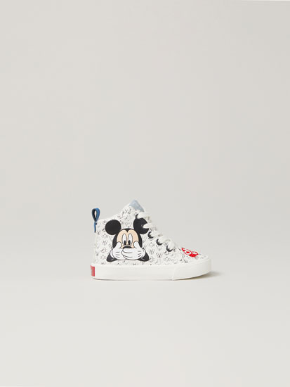 Mickey Mouse basketball shoes