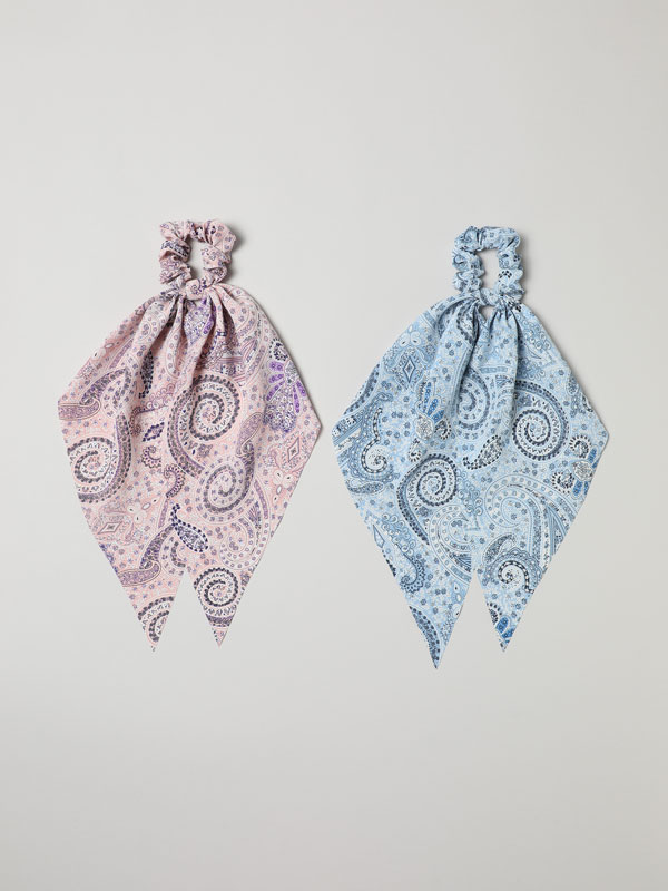 Pack of 2 printed bow scrunchies