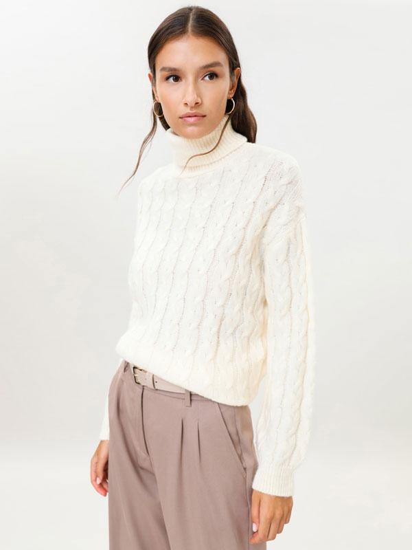 Sweater de malha entrançada
