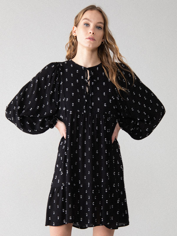 Puff sleeve plumetis dress
