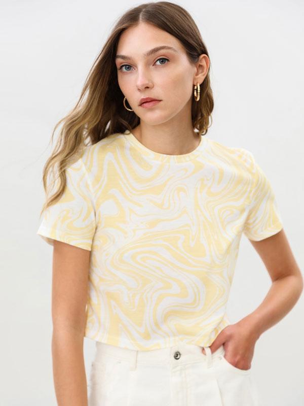 Camiseta crop estampada