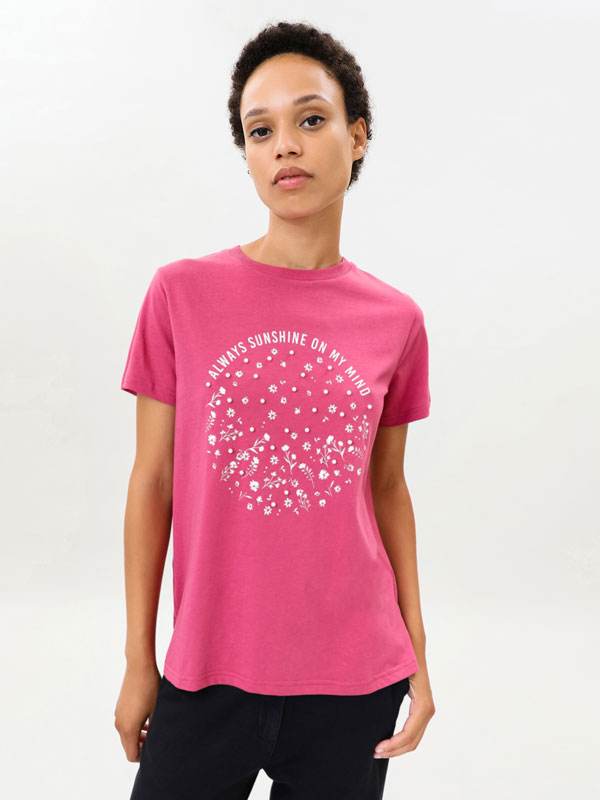 Printed T-shirt with faux pearls