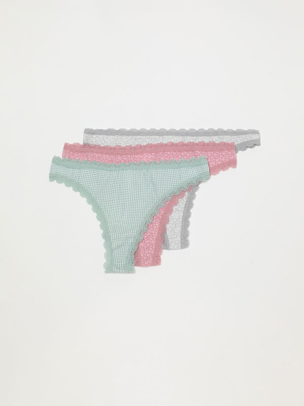 Pack of 3 pairs of printed Brazilian briefs.