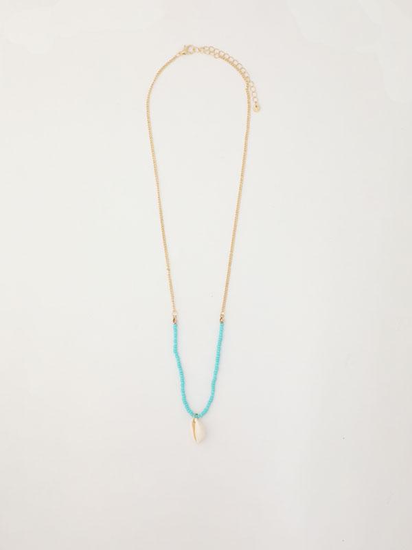 Contrast multi-strand necklace