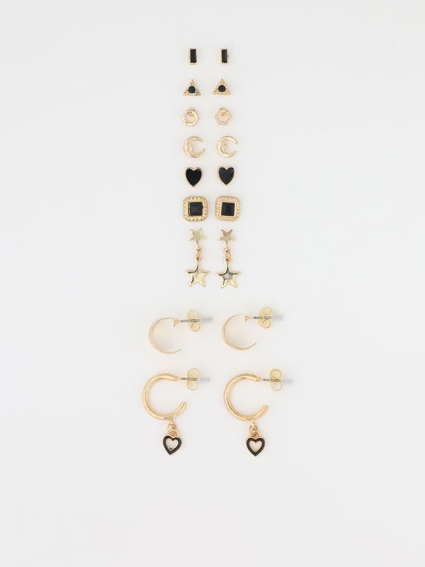 9-pack of heart earrings