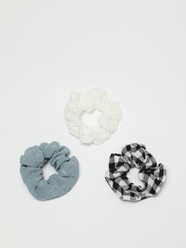 Pack of 3 assorted scrunchies