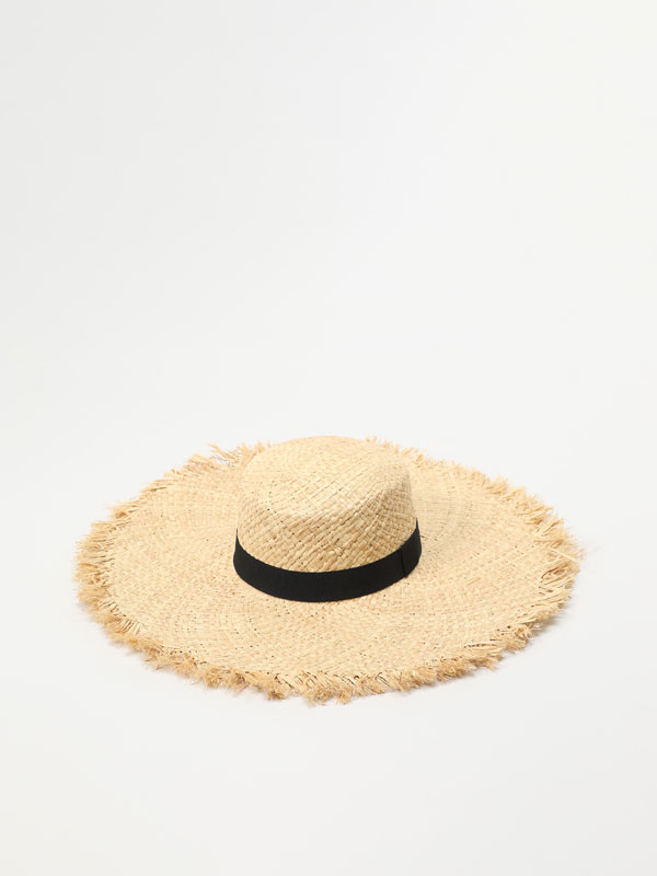 Chapéu de ráfia com tira