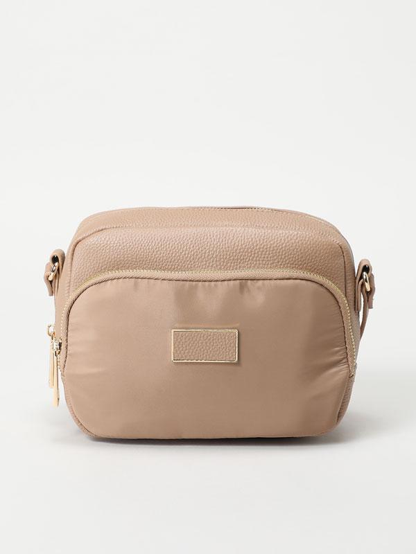 Contrast bag