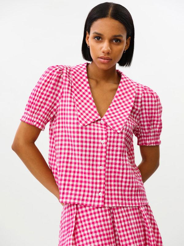 Camisa de cadros con colo babydoll