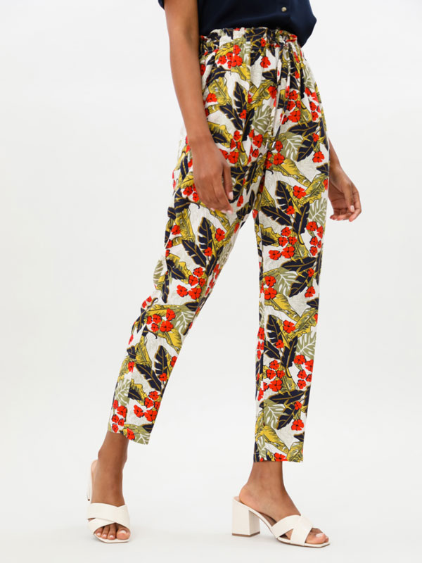 Printed flowing trousers with tie detail
