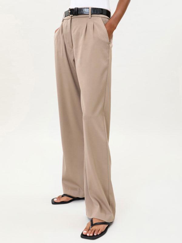 Wide-fit dad pants