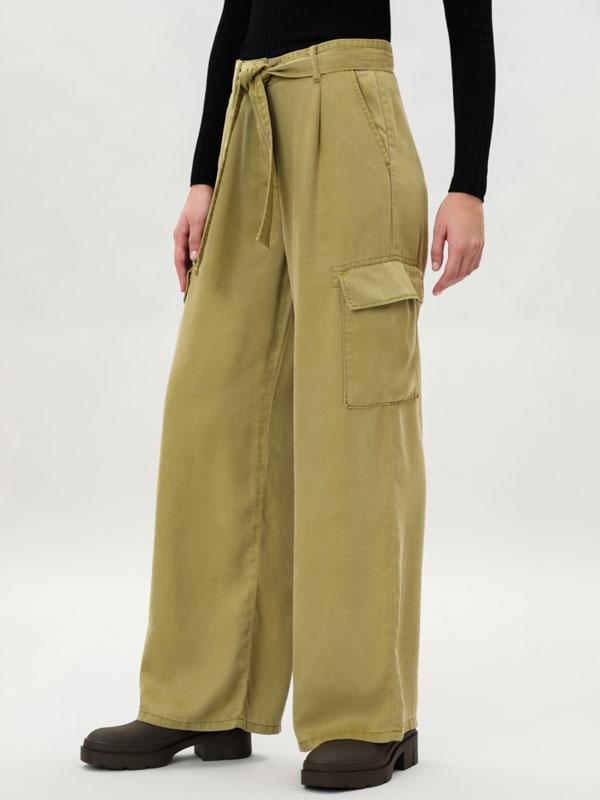 Pantalón cargo de lyocell