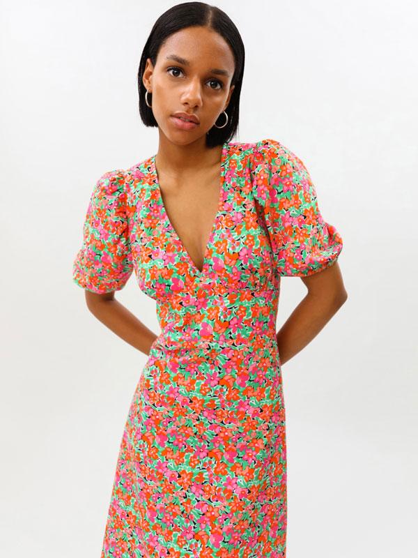 Midi-length dress with puff sleeves