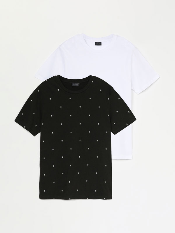 Pack of 2 Plain and Printed T-shirts