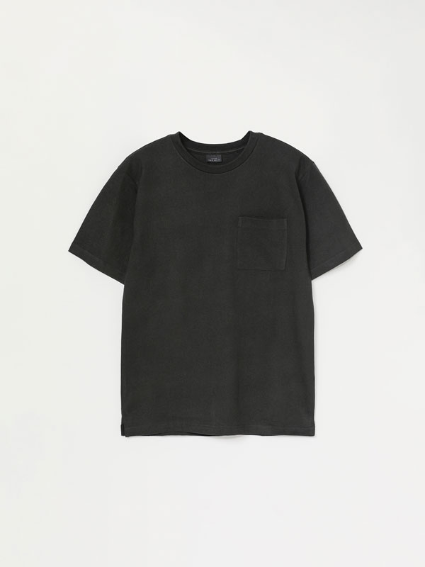 Heavy weight T-shirt with pocket