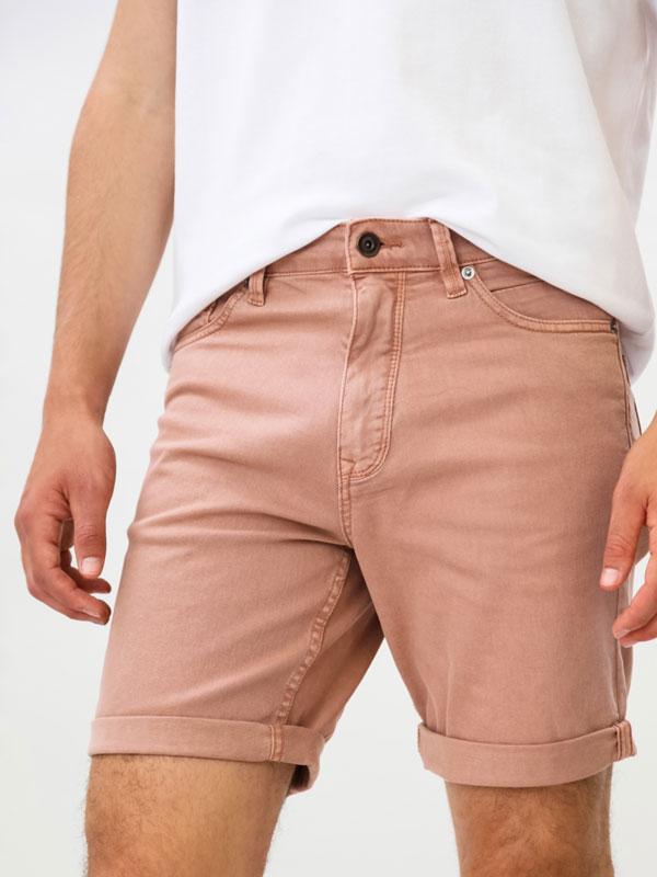 Calções bermuda color Comfort Slim