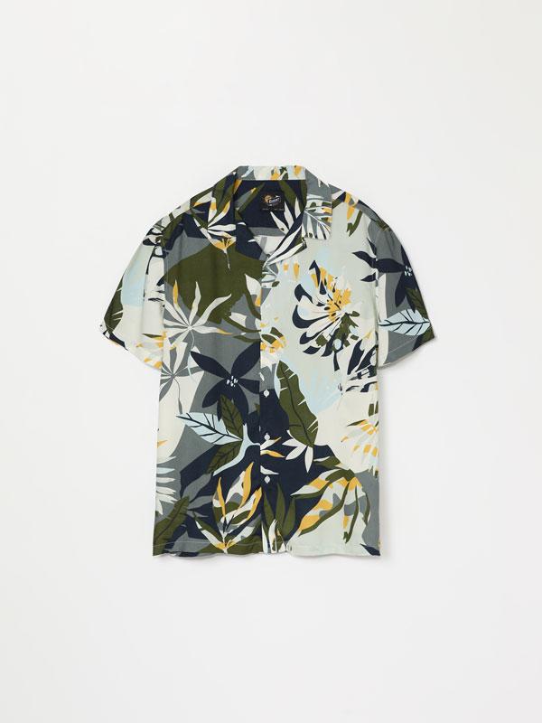 Short sleeve printed shirt