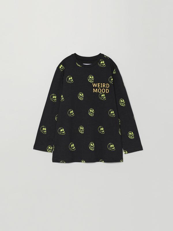 T-shirt com estampado de caveira Halloween