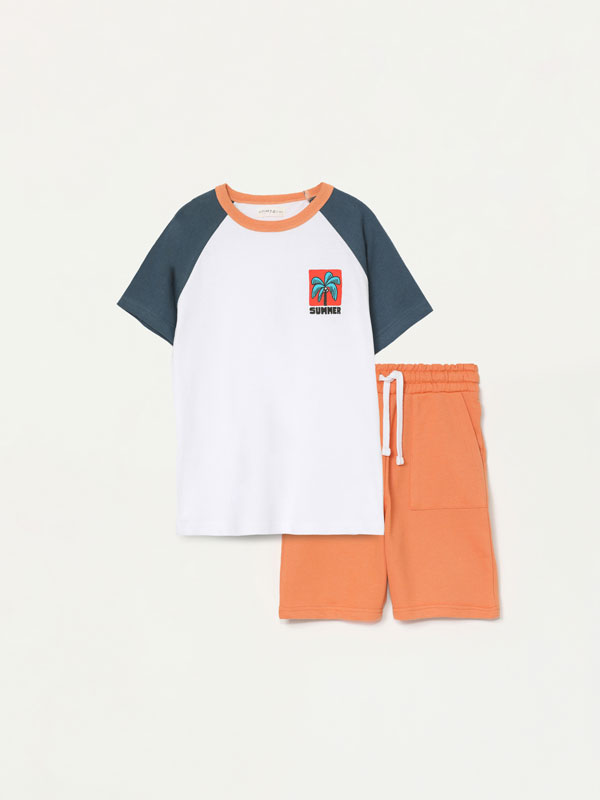 2-piece T-shirt and Bermuda shorts set