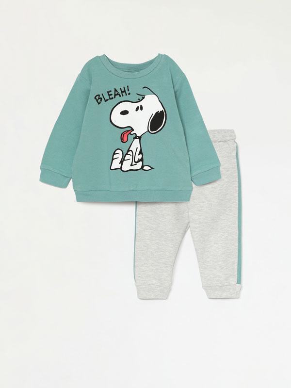 Snoopy Peanuts™ sweatshirt and bottoms set