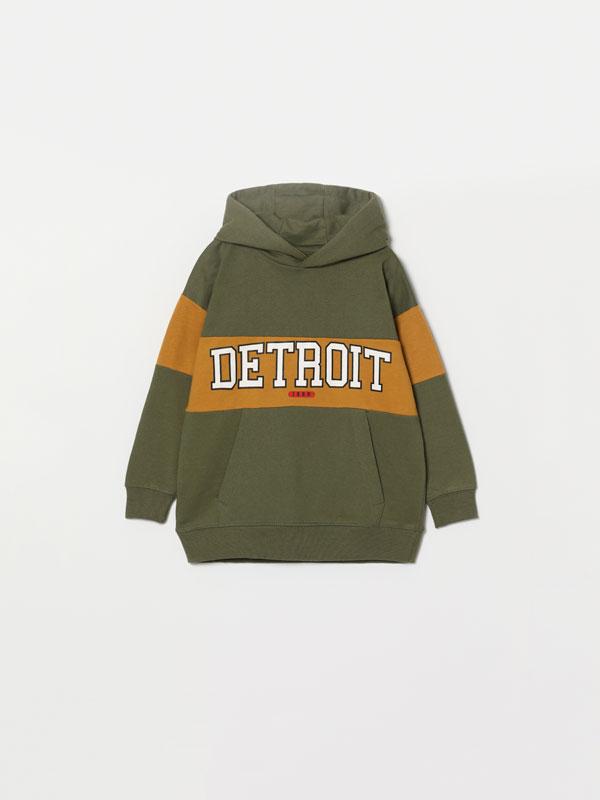 Printed sweatshirt with hood