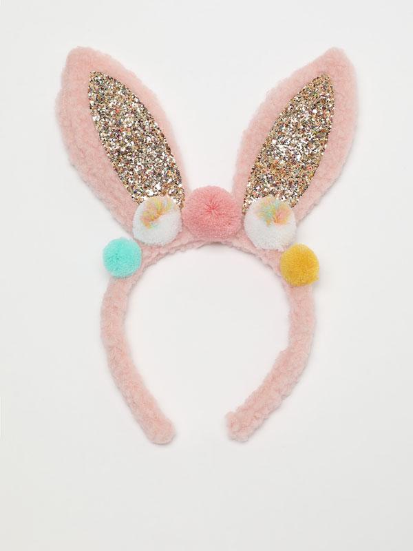Shiny headband with rabbit ears