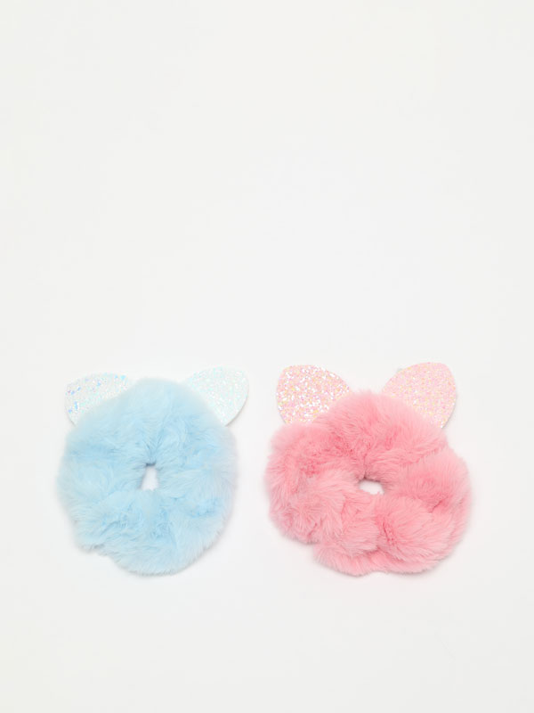 Pack of 2 scrunchies with ears