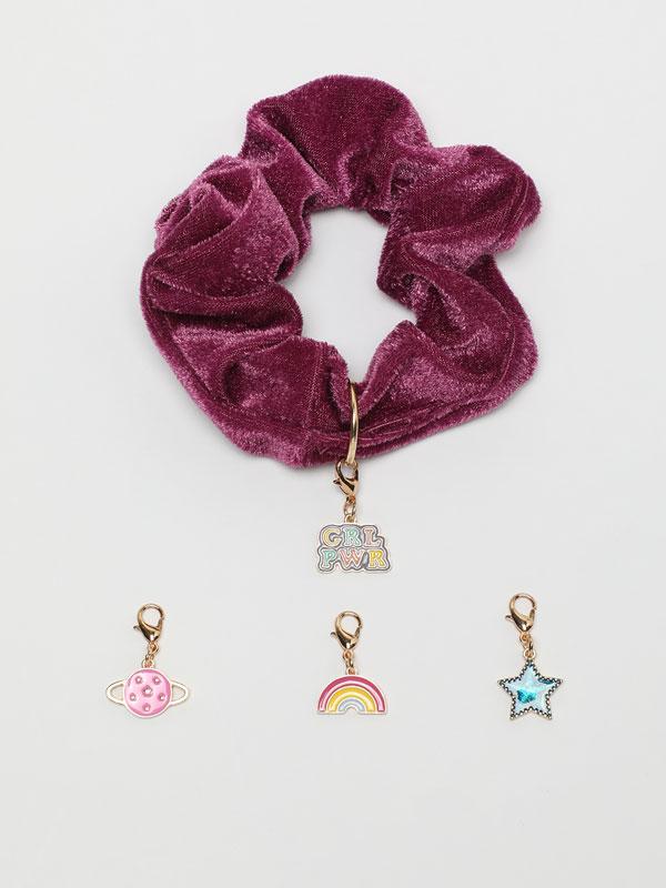 Velvet scrunchie with beading