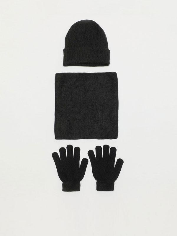 Hat, neck warmer and gloves set