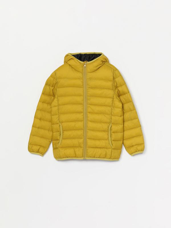 Lightweight hooded puffer jacket